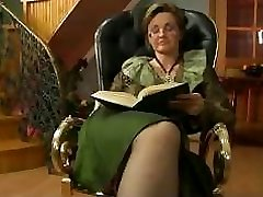 Granny Boinked In The Chair