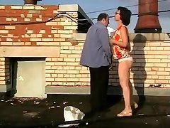 1fuckdatecom Amateur duo fucking on roof