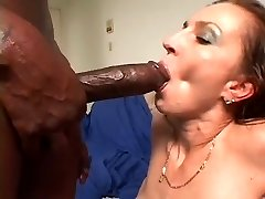 Hawt Cougar Splatter for dark mate with biggest beefstick