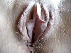 squirtys hairy snatch
