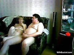 average wife gives a jokey blowjob