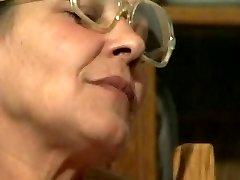 Lesbians Grannys R20