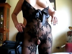 squirtys humungous cameltoe