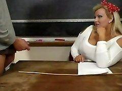 Hot Mature Plus-size Teacher Kirsten Halborg