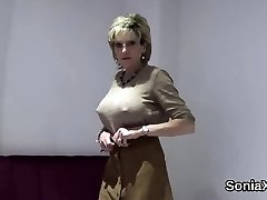 Adulterous english mature lady sonia displays her fat boobs