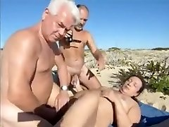 Wife hot hookup at the beach