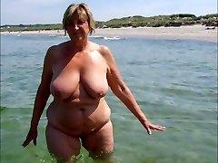 Goddesses ON THE BEACH 3