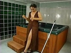 Unshaved Mature Anal Fucked in Pool (Camaster)