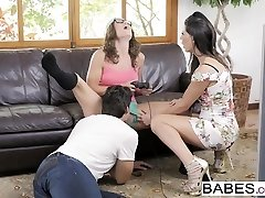 Honies - Step Mom Lessons - Jay Sleek and Ale