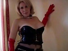 Sexy Mature in Love Glove