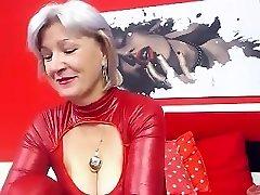 Busty Grannie Linda 50 years Webcam Solo