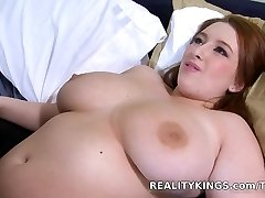 Hottest pornstar in Exotic Trimmed, Guzzle porn clip