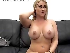 Outstanding MILF in her first-ever Anal Casting