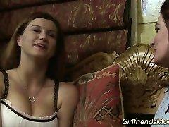 Huge-titted lesbians kissing