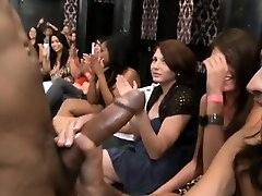 Young pretty woman loves to blow penis publicly