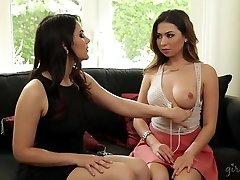 Melissa Moore and her Language Educator Valentina Nappi