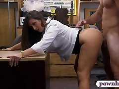 Big butt amateur black-haired babe pawns her honeypot and railed