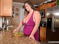 Busty Superstar Nikki Smith Pokes Hsbbys Friend in Kitchen