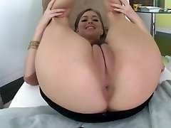Guy Goo-Worthy Cameltoe Whore