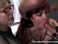Kate Frost v Krátké Lepkavé a Sladké - PornstarPlatinum