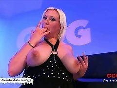 Chubby Chicks do it nicer! - Extraordinary Bukkake