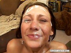 18 letá JESSICA VALENTINO gangbang - Kryt Obličeje