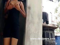 Indian Teen Flashing Natural Baps