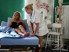 Horny Cougar has amazing toe fucking treatment from torrid nurse