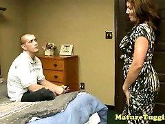 Bigboobs cougar mature seduces hard manstick