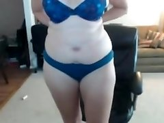 Ugly nerdy fat wife masturbates rock-hard