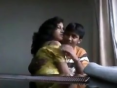 Desi boyfriend playing with jummy bra-stuffers of his girlfriend