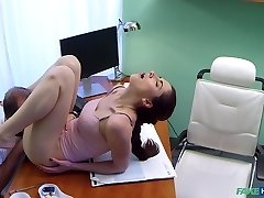 Aruna in Russian stunner wants Therapists cum - FakeHospital