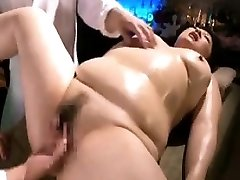 Chunky lady is made to love intense orgasms with fingers a