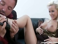 Euro MILF Needs A Cock In Her Donk