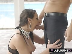Squirting on xxl cock!