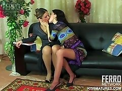 RUSSIAN MATURE MARTHA LESB 01