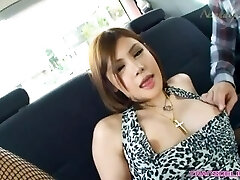 HOTTY SHE Girl Pummeling A YOUNG BOY LADYBOY IN THE ASS PUBLIC