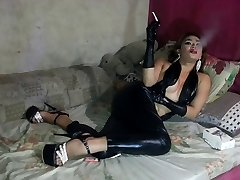 ladyboy smoke gloves