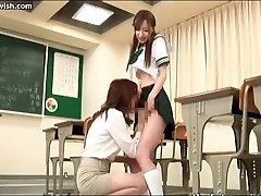 Stunner sucks shemale cock in class