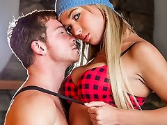 Connor Maguire & Aubrey Kate in TS Sweethearts Flick