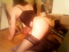 arabic hot sissy playing solo with humungous dildo (scen 01)