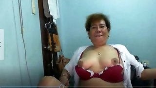 Elen Valdez mature Pinay from Manila showcasing on Skype