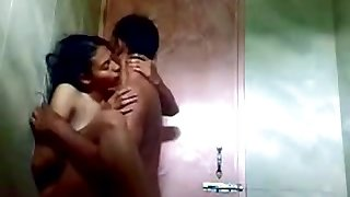 indian teen in bathroom with her bf