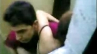 indonesian Maid Fuck With Pakistani Stud in Hong Kong Public Wc