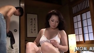 Stunning mature masochism playgirl moans hard as she gets fucked