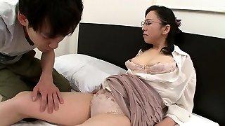 Hard Nipple Japanese Cougar Beauty Doggie-style F