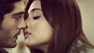 Mera Dil Bhi Kitna Pagal Hain  ¦  Hayat and Murat    ¦ Romantic song 2017.mp4