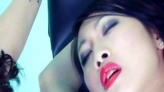 Insatiable fetish fucking with two crazy chicks