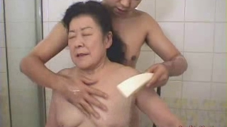 Japanese granny enjoying romp