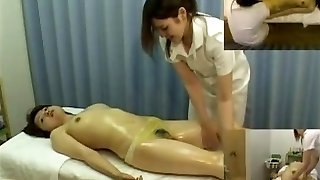 Massage hidden camera films a gal providing handjob